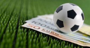 Winning by Assessing the College Football Betting Lines
