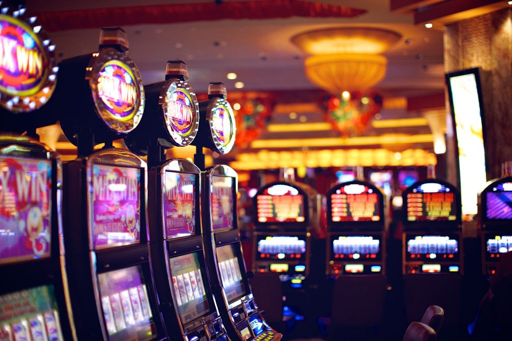 Win in online gambling machines